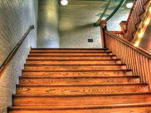 Garde-corps d'escalier en bois