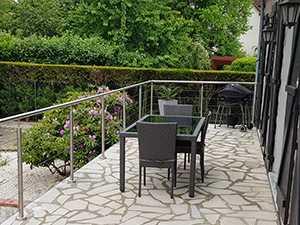 garde-corps inox à 5 câbles sur terrasse