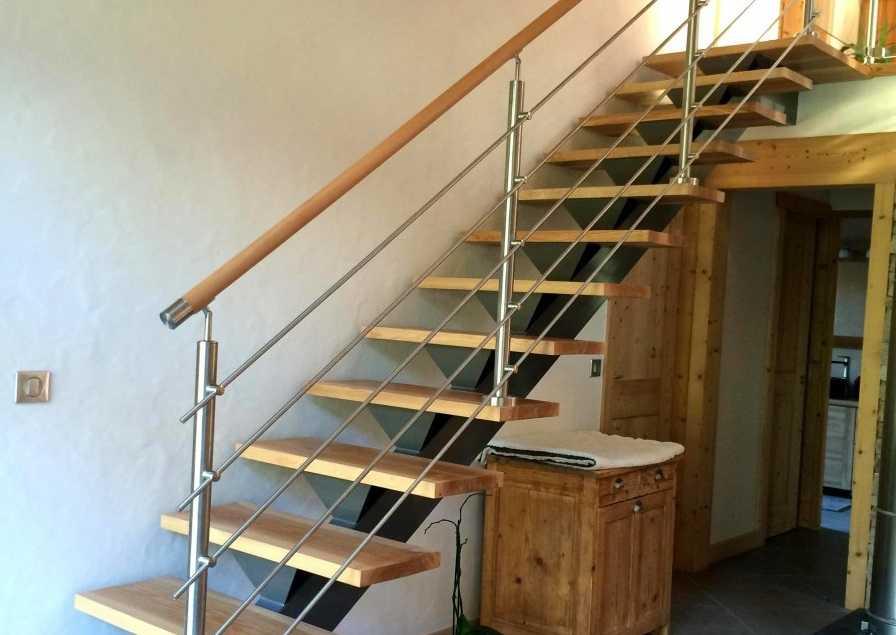 Rambarde d'escalier avec lisses