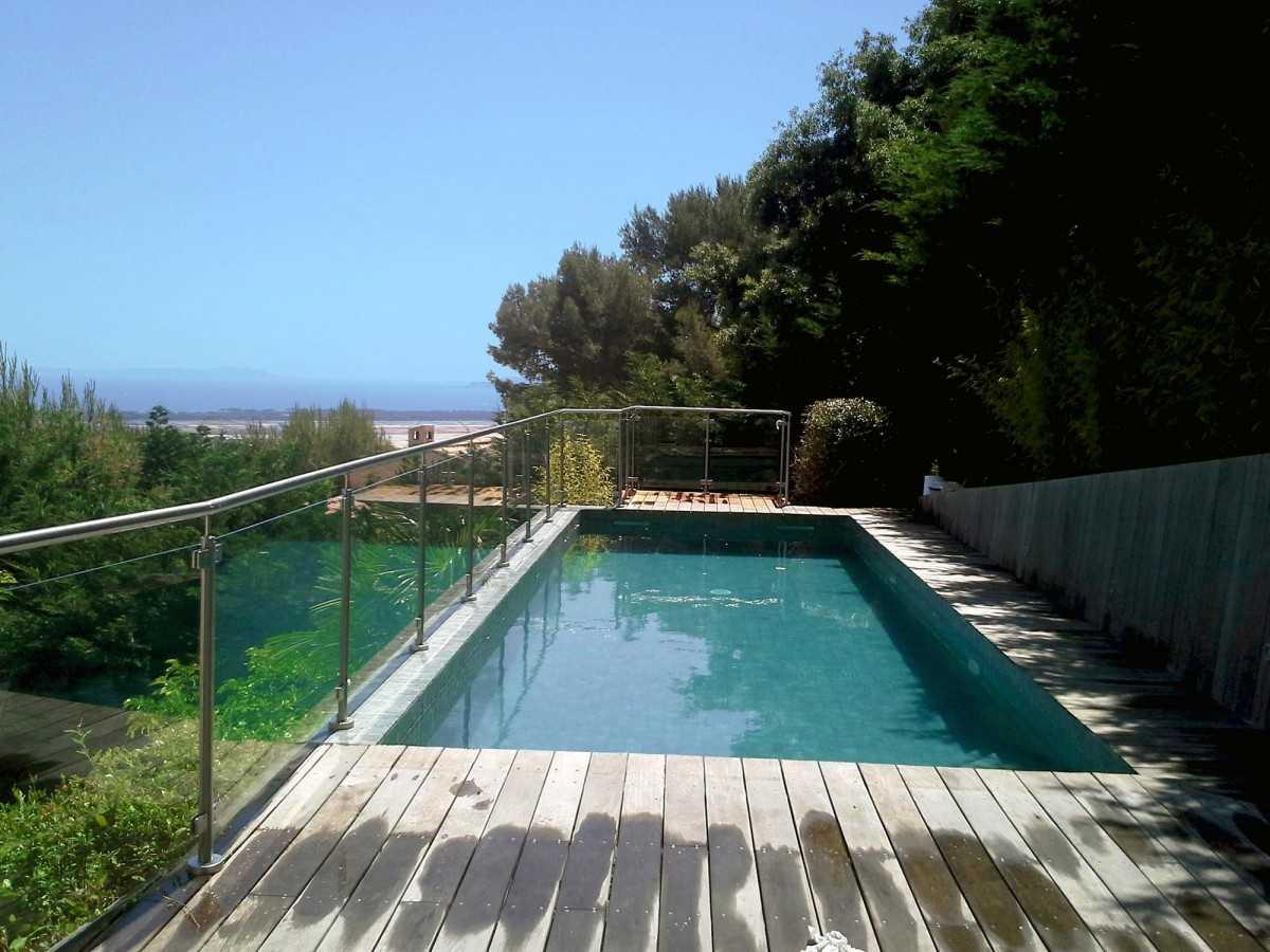 Photos de cl ture et barri re piscine inoxkit for Barriere piscine verre